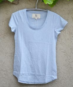 T'shirt powder blue