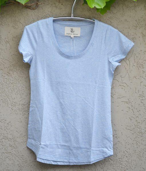 T'shirt powder blue