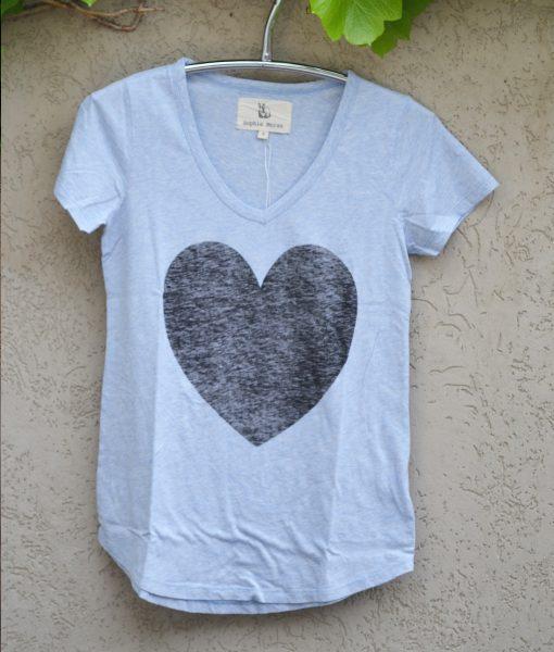 T'shirt powder blue black heart