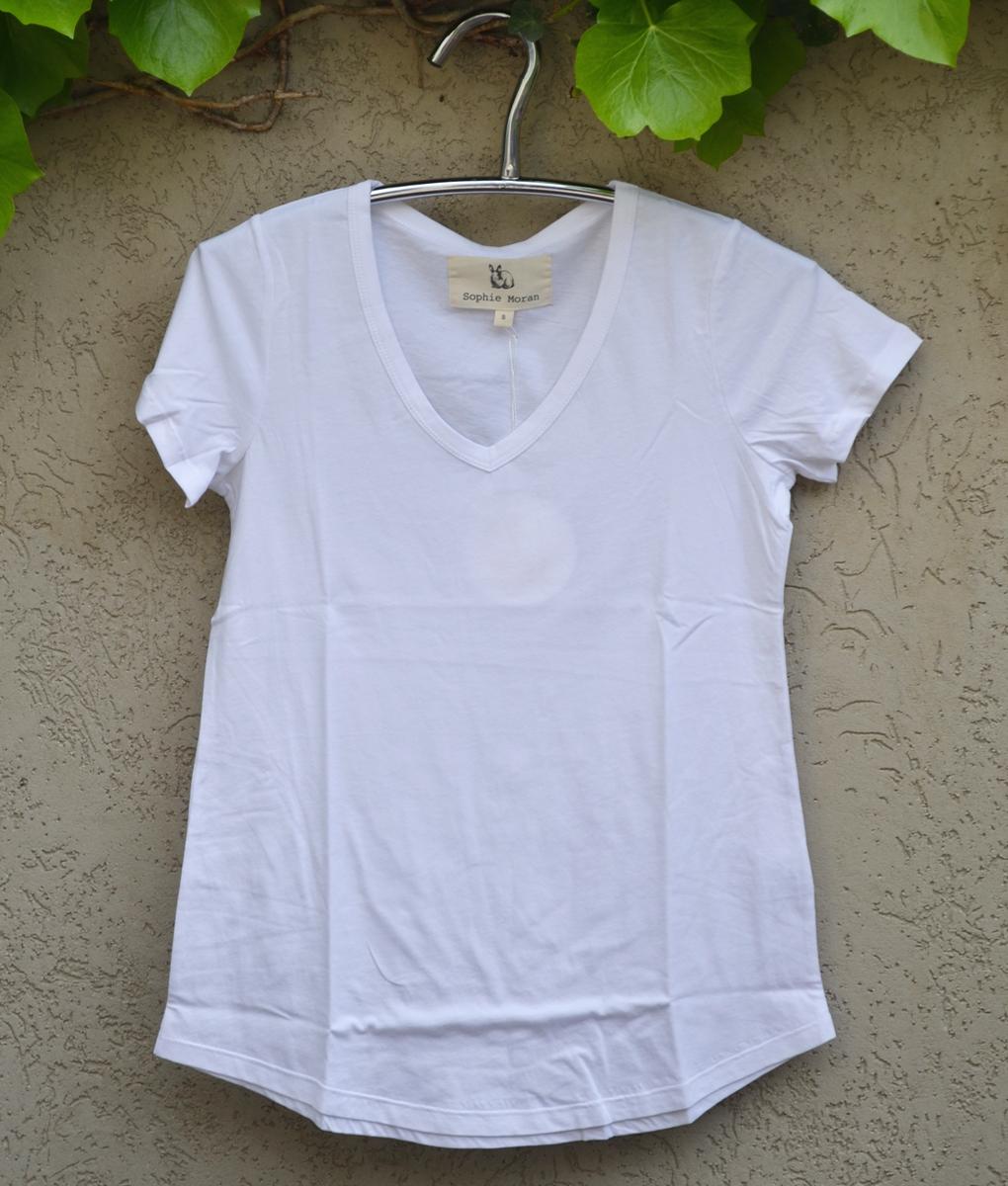 T'shirt white v neck