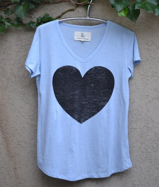 powder-blue-blk-heart-dsc_0774-low-res