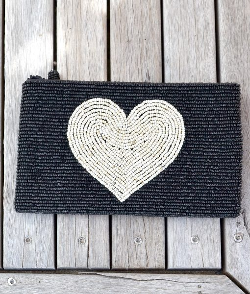 Purse Black with Natural Heart_