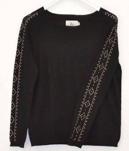 Raglan-Stud-Sweater-Sophie-Moran-1020×1200