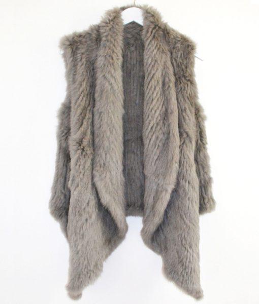 Straight-Long-fur-Vest-mid-grey-1020×1200