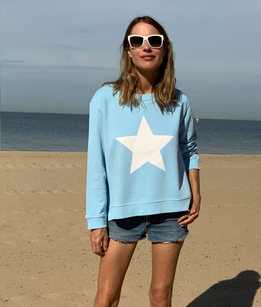 star sweatshirt baby blue