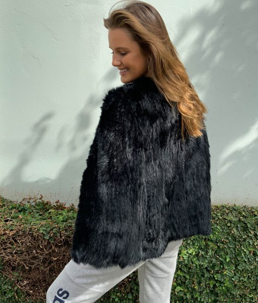 Cape Fur Black