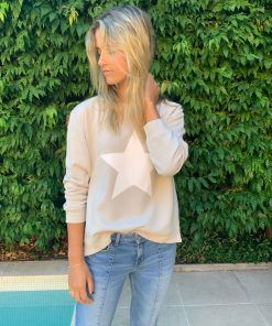silver sweater white star