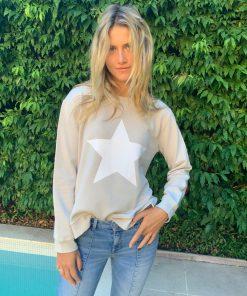 silver sweater white star