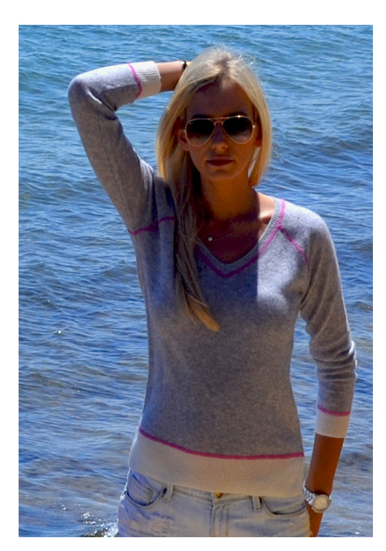 Cashmere Wool v neck sweater gray with pink stitching