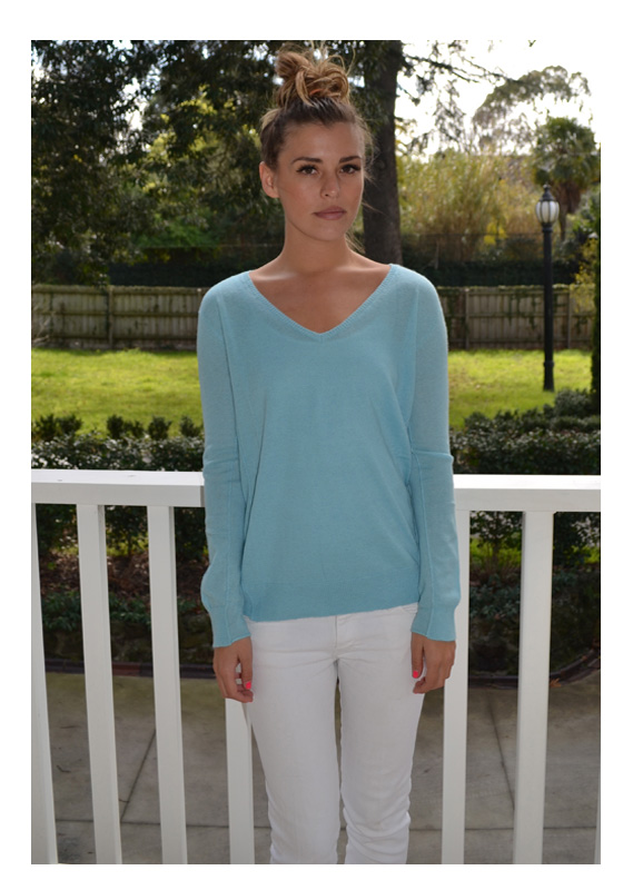 The Mongolian Cashmere Sweater – Turquoise – Sophie Moran