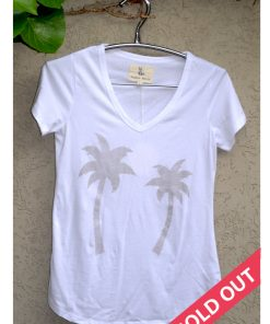 t'shirt white with grey palm